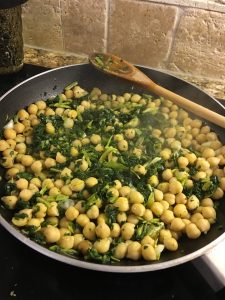 Chicpeas and Kale in a frypan