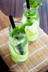 16 Refreshing Summer Drinks to Make for a Party 13