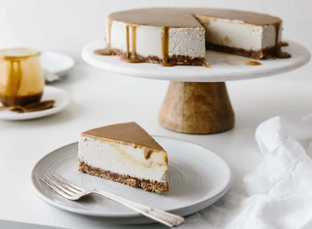 Vegan Caramel Cheesecake on a serving tray